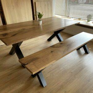 Tisch-Bank-Kombination